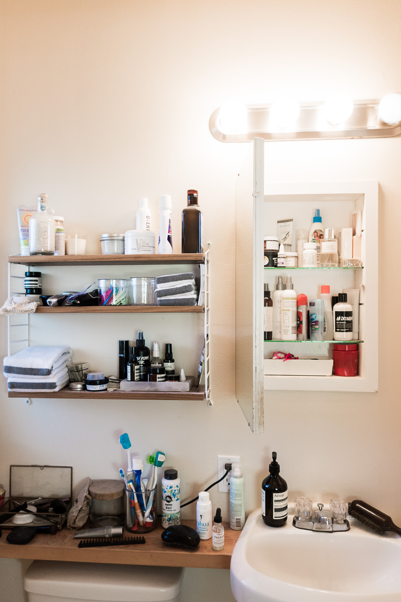 20 Small Space Bathroom Tips (Plus How I Decluttered My ... on Space Bathroom  id=66782