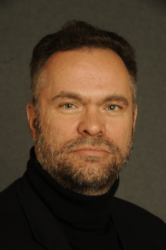 """رورل مارك غيرتش، الكاتب الثاني لمقالة """"وفاة اليسار الإسلامي في إيران: كيف آذت الانتخابات الاصلاحيين؟"""""""