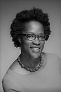 سابرينا إي سميث ، أستاذ مساعد في علم الفلسفة بجامعة نيو هامبشير