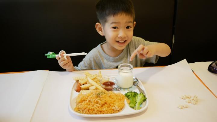 【花蓮美崙團體餐廳推薦-流奶與蜜】簡餐卻不簡單,對親子也很友善的流奶與蜜