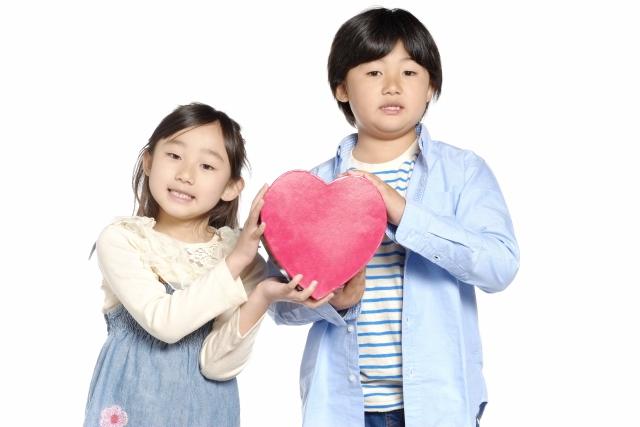 親子教養》解決紛爭過程中,最重要的是傾聽他人和表達自己的情緒