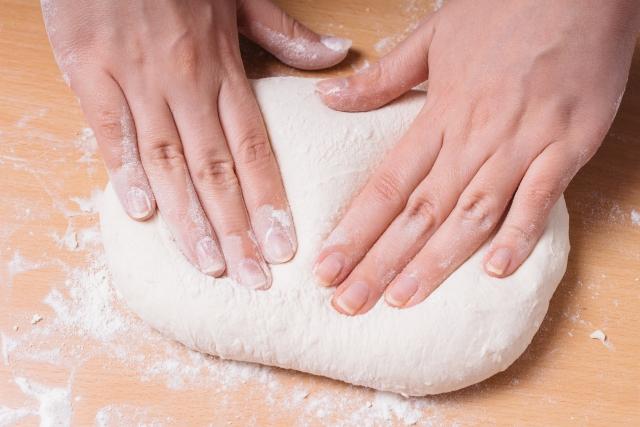 我們對於腎上腺疲勞前來就診的患者,都會建議不吃麵粉製品(無麩質飲食)、不吃乳製品(無酪蛋白飲食)、不吃白砂糖(無糖飲食)等飲食方式