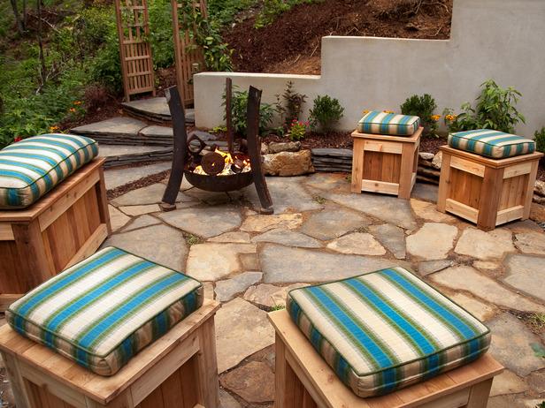 Outdoor Flagstone Patio Designs Ideas For Backyard Spae ... on Cool Backyard Patio Ideas id=95157