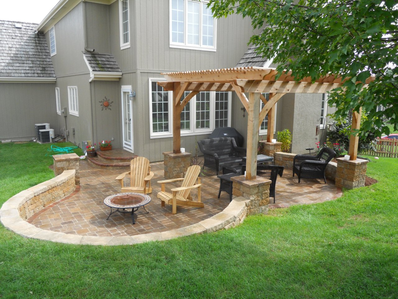 Flagstone Patio Pavers Design Ideas For Backyard Patio ... on Small Backyard Brick Patio Ideas  id=51601