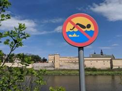Simning förbjuden