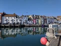 Fin morgon i Weymouths hamn