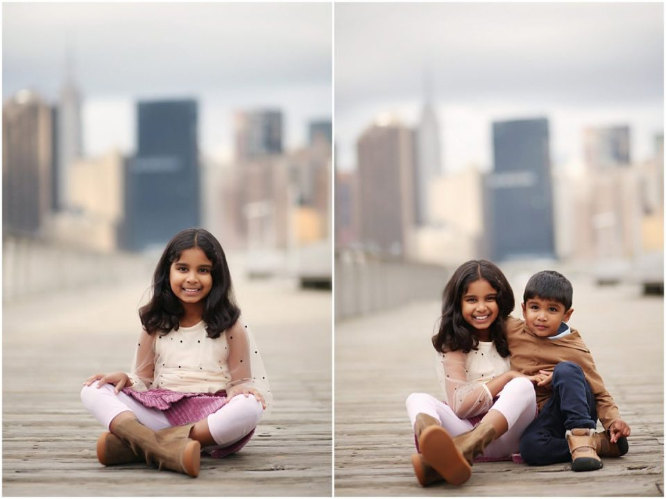 LIC NYC kids photographer with children smiling at Gantry Park