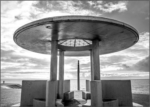 seaside shelter web & flickr