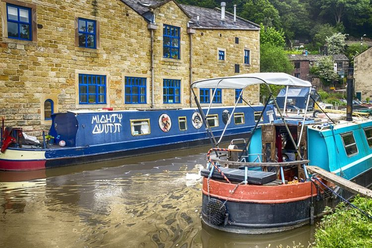 Mighty Quinn Rochdale Canal hebden Bridge