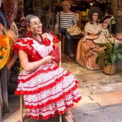 Lady with Fan Barca Doll Barcelona
