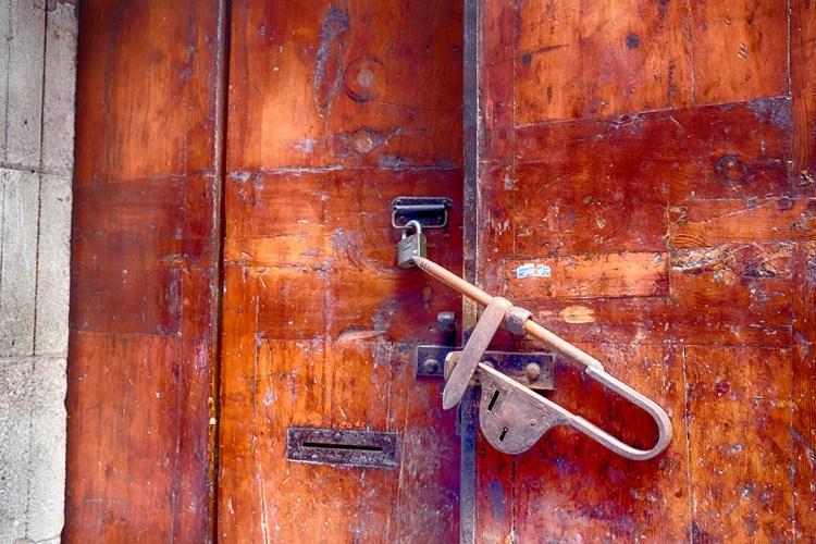 Barcelona Gothic Quarter door bolt padlock street