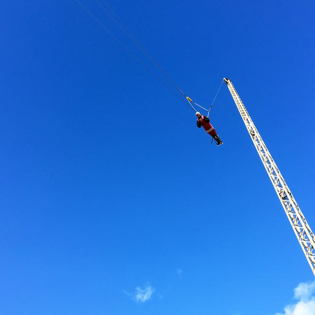 Skydiver ,test, Blackpool, pier,