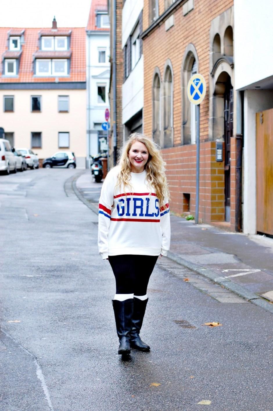girls_sweatshirt_helene