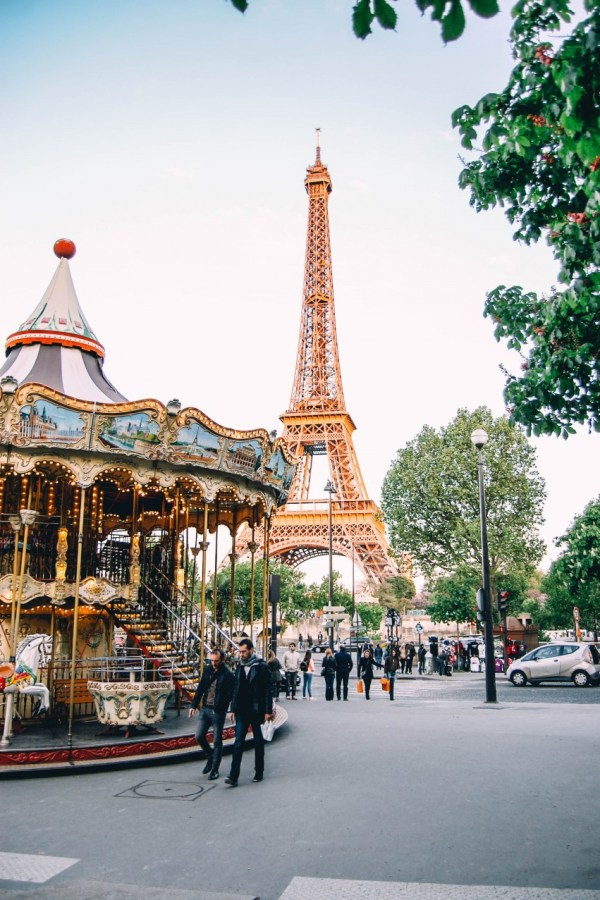 The Essential Paris Travel Guide