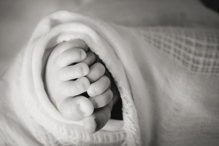 Helen Rowan Photography Chesterfield Newborn Relaxed macro feet natural light