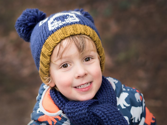 Helen Rowan Photography Chesterfield Autumn boy hat happy