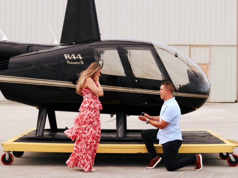 Romantic helicopter tour in Miami