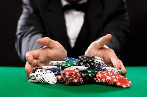 オンラインカジノで使えるパーレイ法とは?