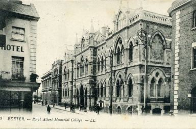 Exeter Memories - the Royal Albert Memorial
