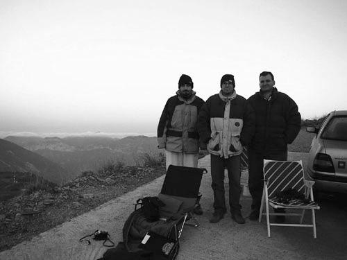 Η ομάδα παρατήρησης. Από αριστερά προς τα δεξιά: Γρηγόρης Μαραβέλιας, Πέτρος Γεωργόπουλος και Νικηφόρος Γεωργιάδης.