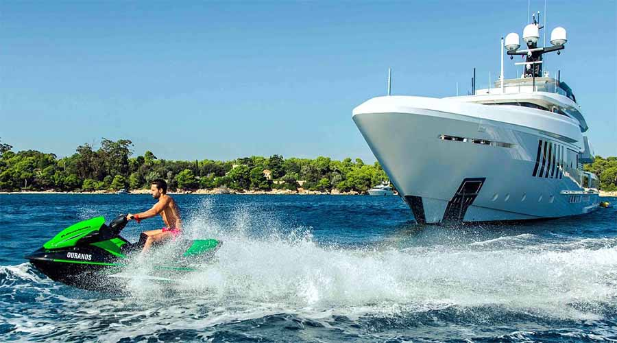 super yacht OURANOS