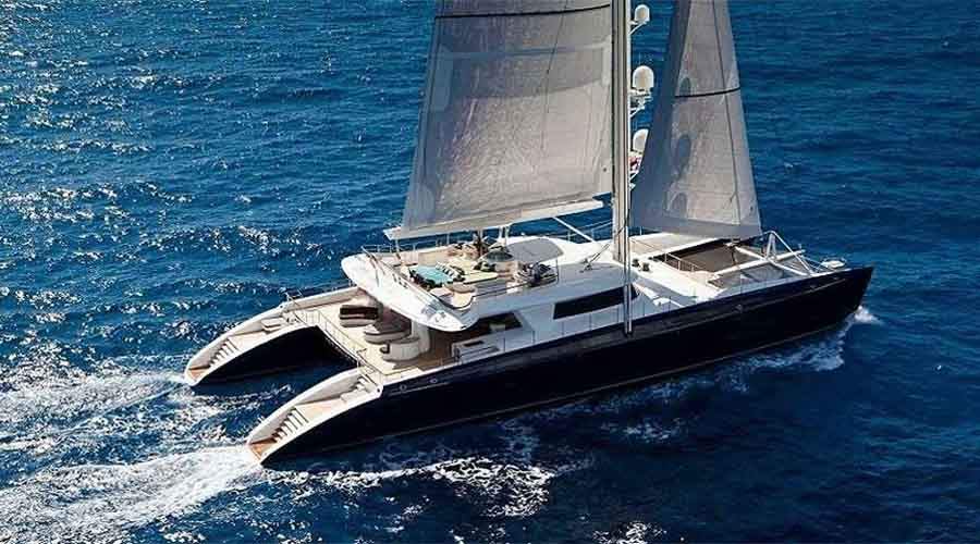 CATAMARAN-CHARTER-GREECE-HEMISPHERE-2