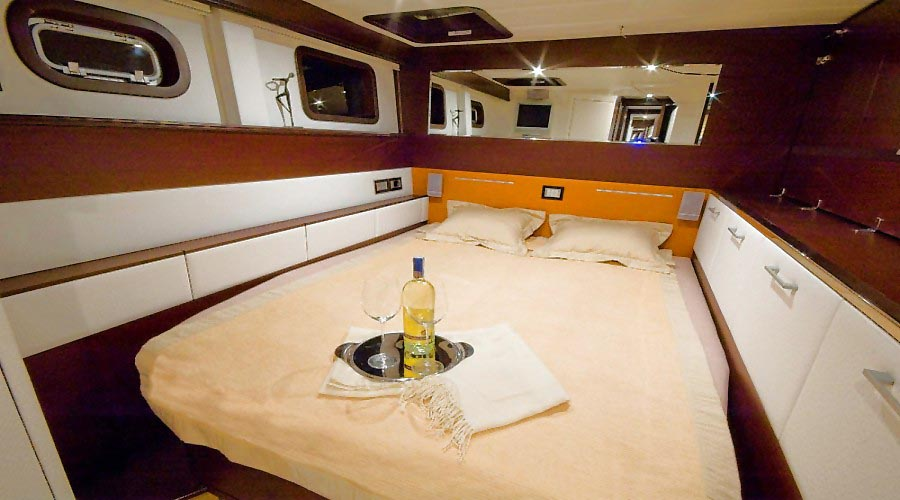 ANASSA - Crewed Catamaran Charter in Greece - HELLAS YACHTING