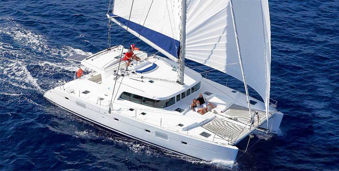 INFINITY - Catamaran Charter Greece HELLAS YACHTING