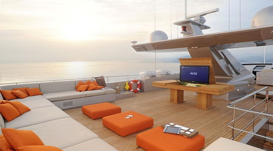 LUXURIOUS-YACHT-CHARTER-AQUA-5