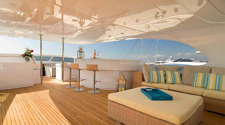 LUXURY-YACHT-GLAROS-2