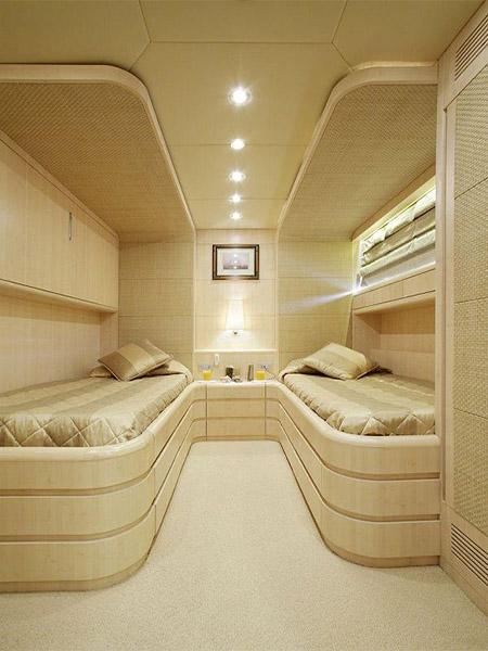 LUXURY-YACHT-GLAROS-20
