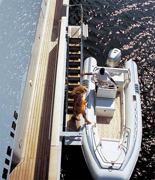 LUXURY-YACHT-KINTARO-18