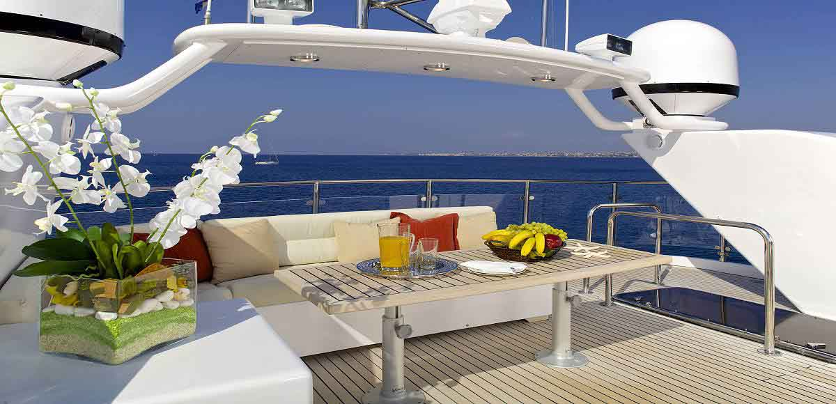 LUXURY-YACHT-LADY-ELLEN-5