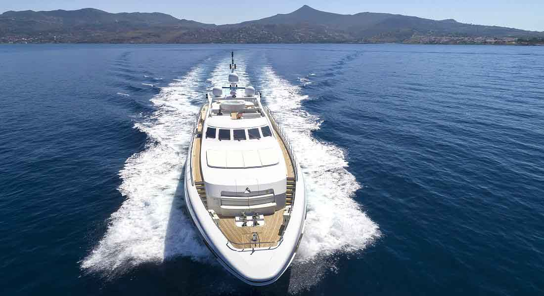 LUXURY-YACHT-L'EQUINOX-4