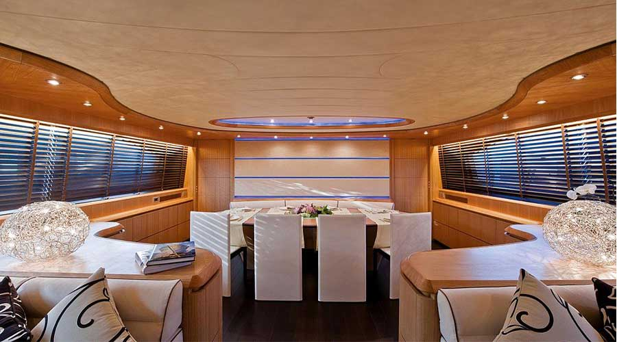 LUXURY-YACHT-PARIS-7