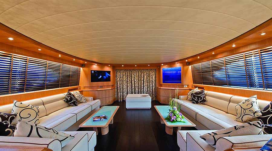 LUXURY-YACHT-PARIS-9