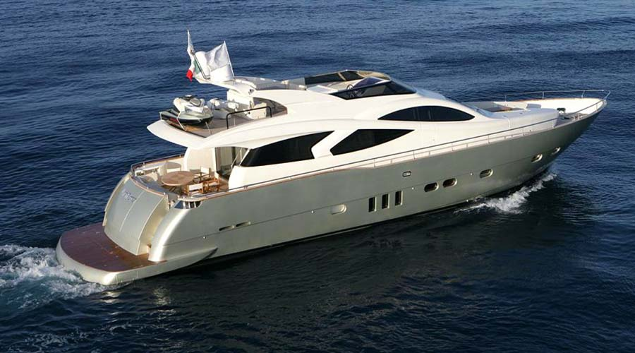 MOTOR-YACHT-BLUE-ANGEL-1