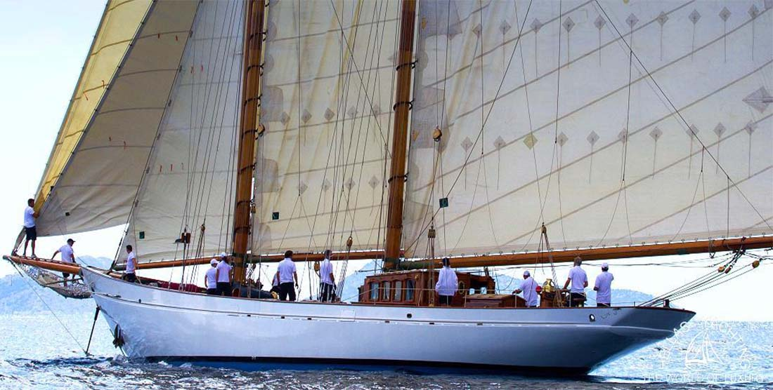 SAILING-YACHT-AELLO