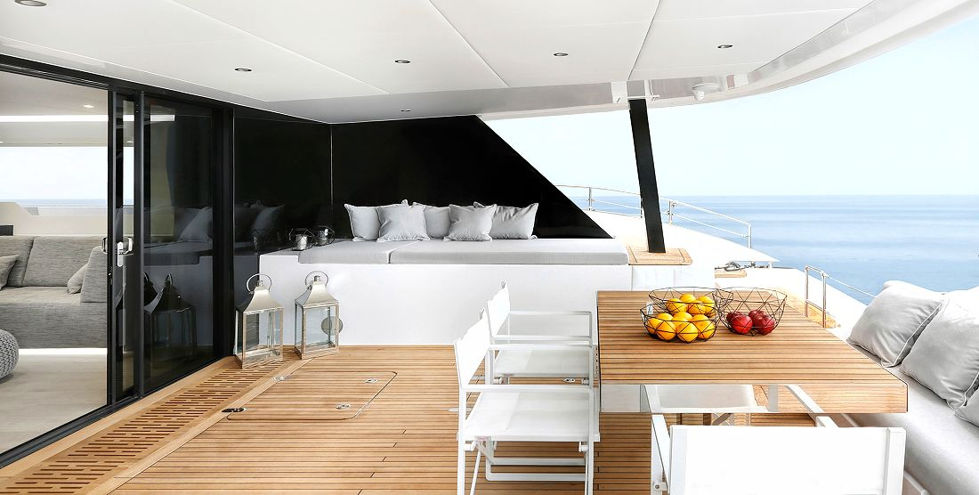 AMAYA-Crewed Charter Catamaran Greece - HELLAS YACHTING
