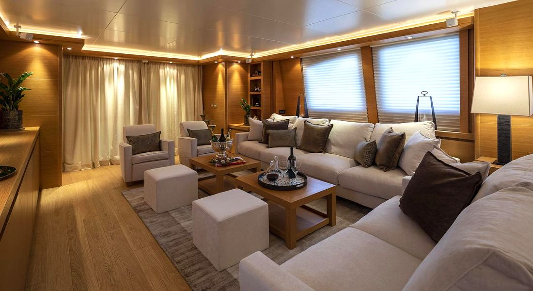 CELIA - Charter Motor Yacht Greece - HELLAS YACHTING