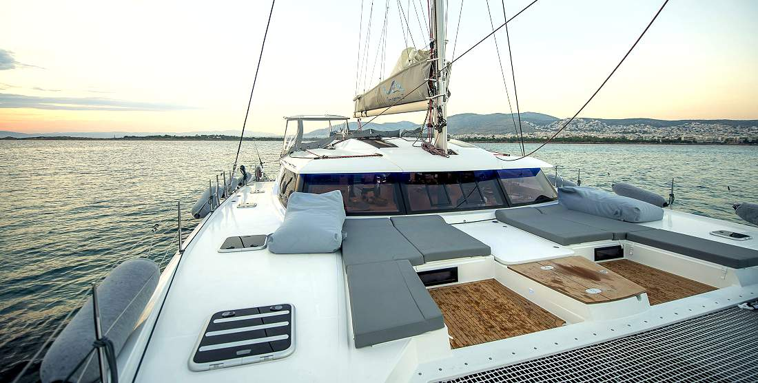 SEA ENERGY V - Crewed Charter Catamaran in Greece - Hellas Yachting