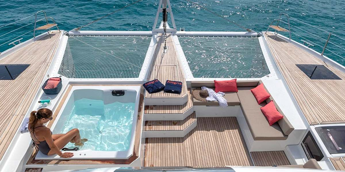 SERENISSIMA - Crewed Catamaran Charter in Greece - HELLAS YACHTING