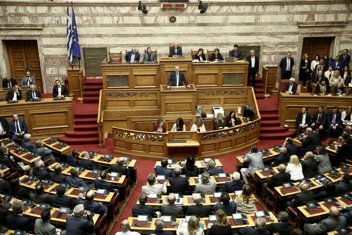 """""""Κάρφωσε"""" τον Ερντογάν ο Γιούνκερ: Να μη μου λέει ότι δύο Έλληνες στρατιώτες είναι απειλή"""