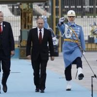 """Τα """"βρώμικα αρχεία"""" του Πούτιν για τον Ερντογάν: Ισχυρισμός ότι τον εκβιάζει με τη διαφθορά"""