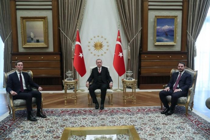 Γιατί ο Ντόναλντ Τραμπ και ο Ταγίπ Ερντογάν χρειάζονταν το «κανάλι των  γαμπρών» τους; | Hellasjournal.com
