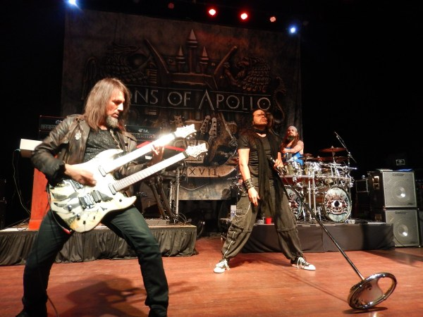 Sons of Apollo live in Buffalo