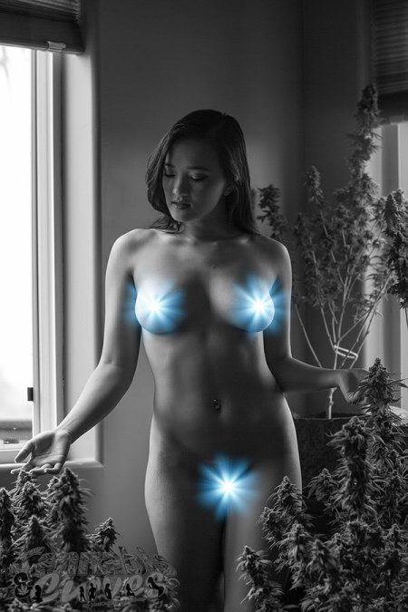 Raven lynette nude cannabis and curves