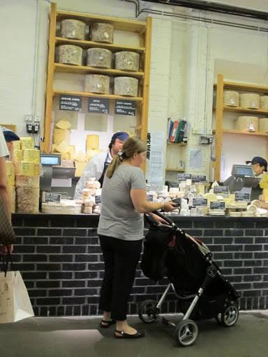 Neal's Yard dairy spesialiserer seg på britiske oster.