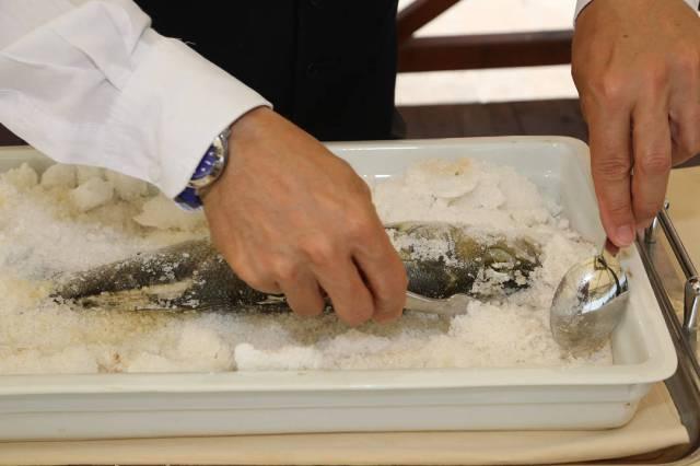 Fisken er ferdig til å filiteres.
