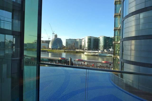 Utsikten fra mitt soverom. Hei, London!